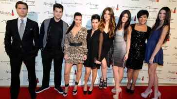 LAS VEGAS, NV - DECEMBER 15:  (L-R) Television personalities Scott Disick, Robert Kardashian Jr., Kim Kardashian, Kourtney Kardashian, Khloe Kardashian, Kylie Jenner, Kris Jenner and Kendall Jenner arrive at the grand opening of the Kardashian Khaos store at the Mirage Hotel & Casino December 15, 2011 in Las Vegas, Nevada.  (Photo by Ethan Miller/Getty Images)