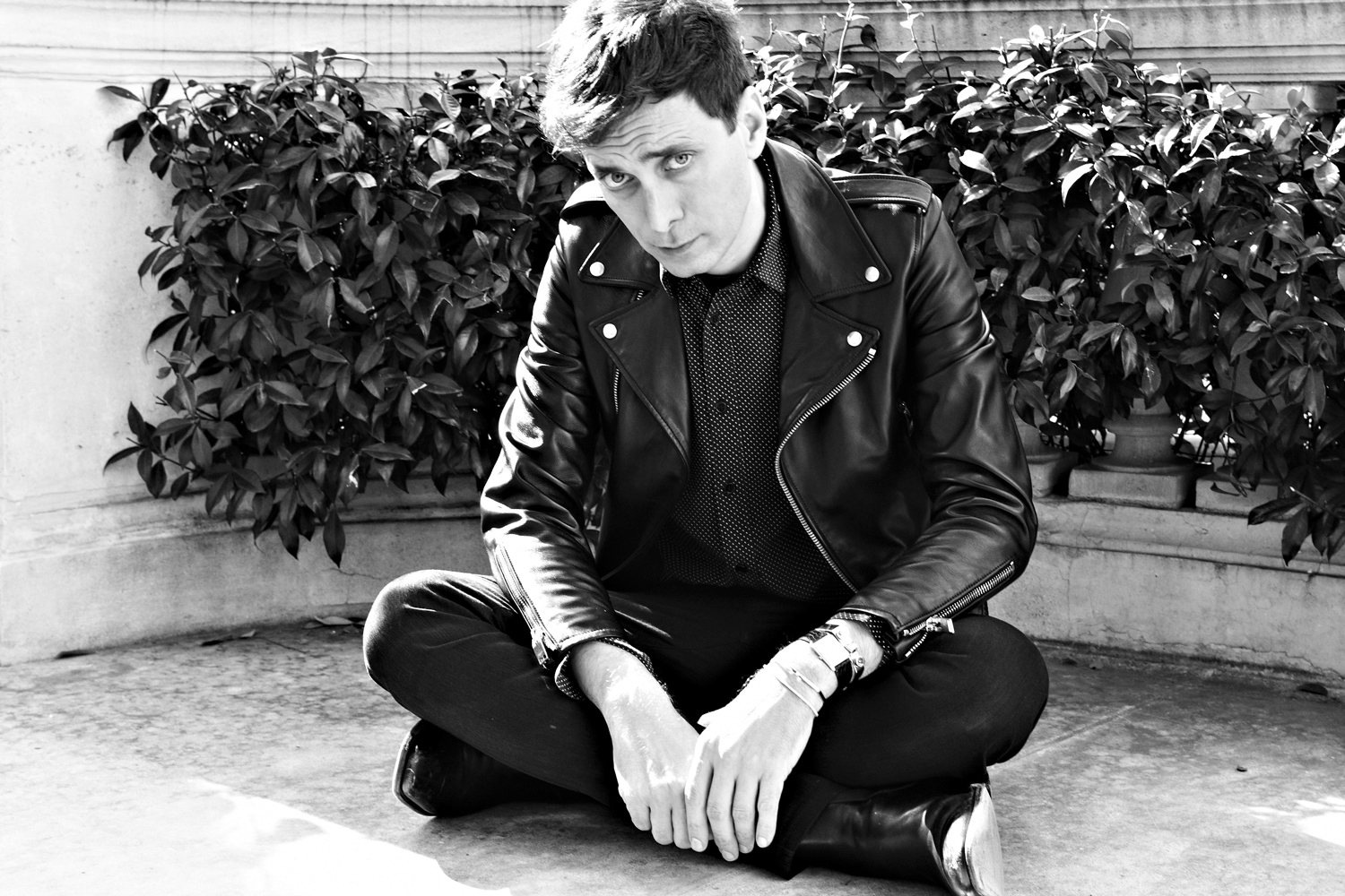 hedi-slimane-and-designer-musical-chairs-0