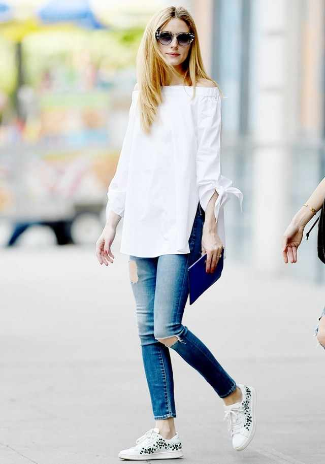 olivia-palermo-swapped-her-white-sneakers-for-this-new-trend-instead-1788527-1464723288.640x0c