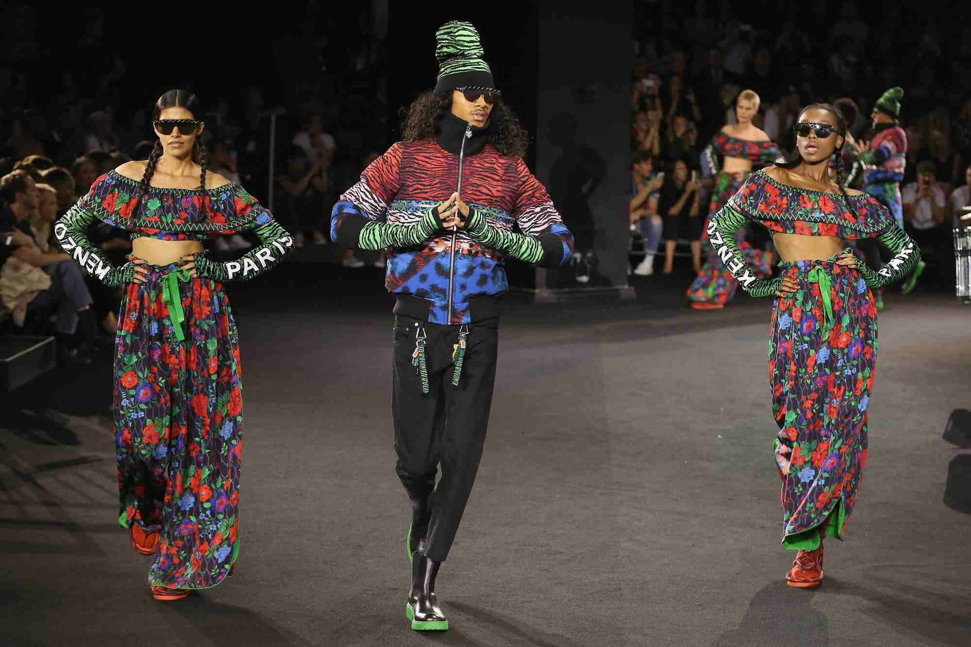 last-nights-kenzo-x-hm-show-was-a-visual-feast-body-image-1476961407