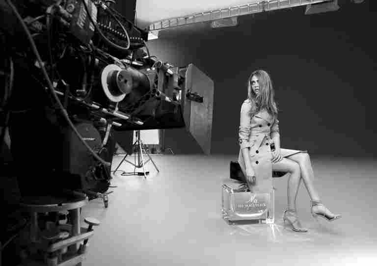 nrm_1409654277-my_burberry_behind_the_scenes_on_embargo_until_2_september_2014_001