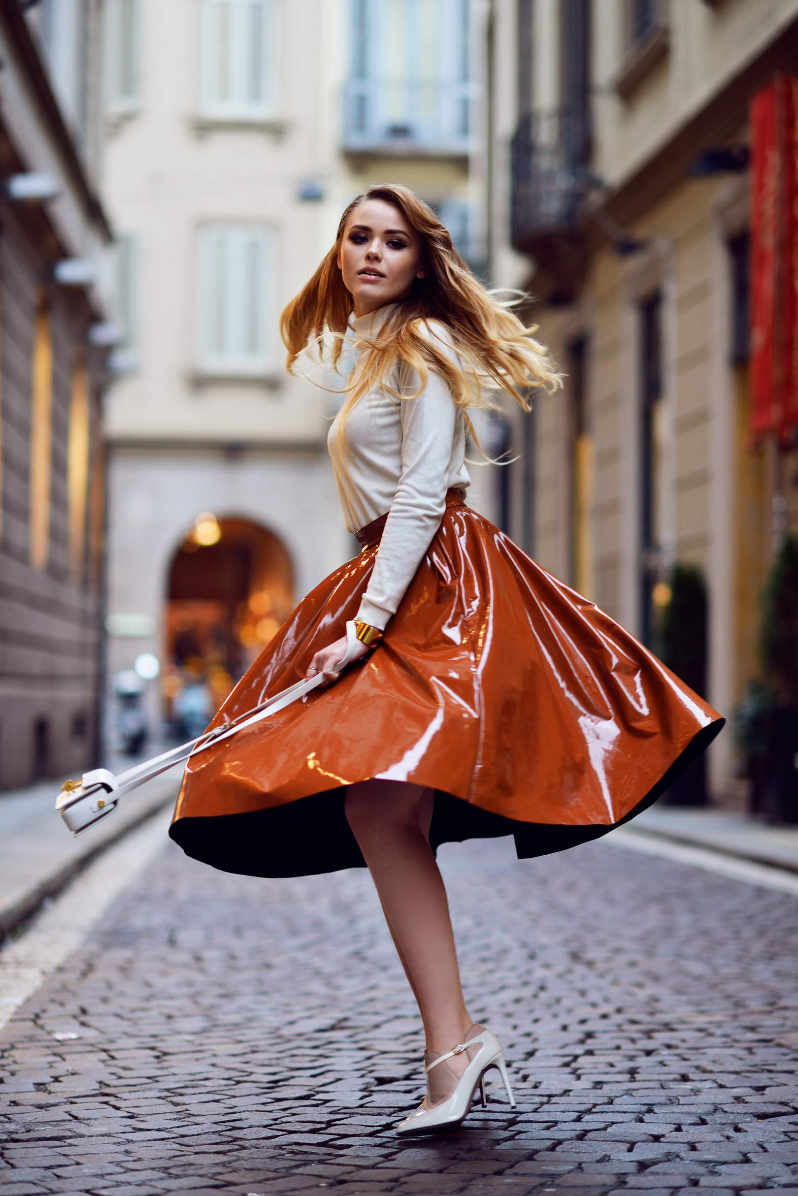 0.-patent-leather-skirt-with-chic-top
